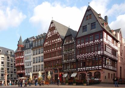 Römer Frankfurt Rathaus Treppengiebelfassade Wahrzeichen