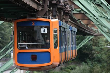 Schwebebahn Wuppertal Hängebahn Wahrzeichen